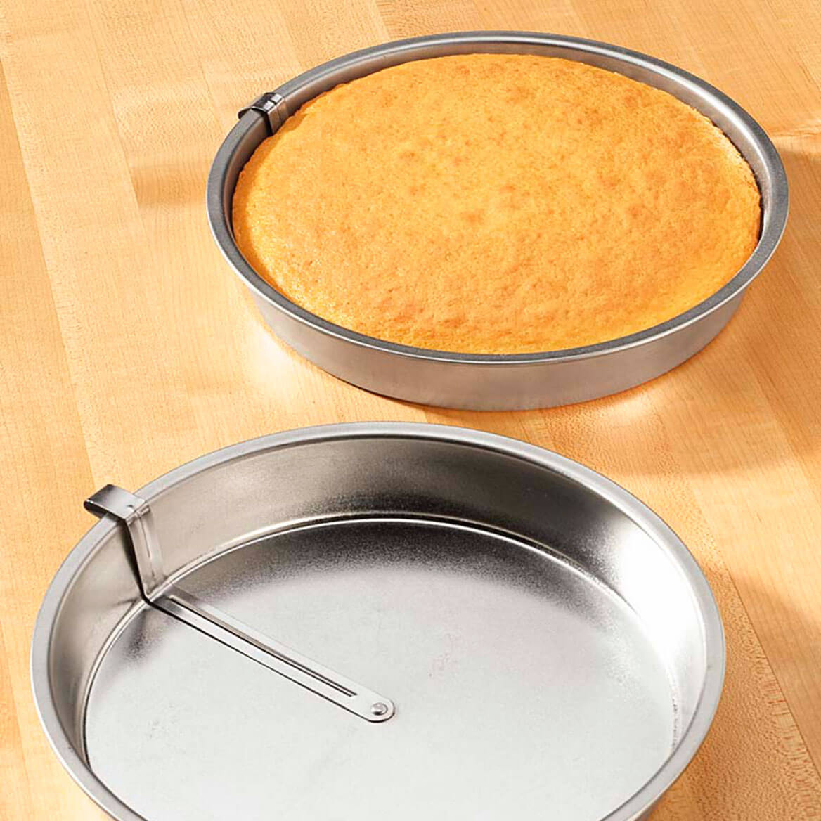 Easy Release Cake Pan - 8 In Round Cake Pan - Kitchen - Miles Kimball