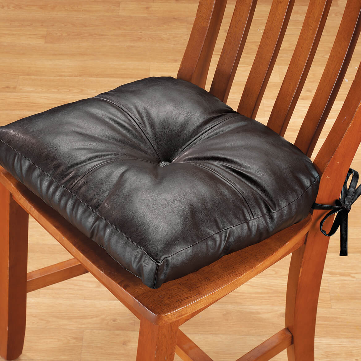 Exceptionnel Faux Leather Chair Pad