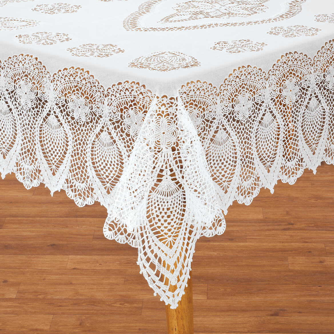Bon Vinyl Lace Tablecloth