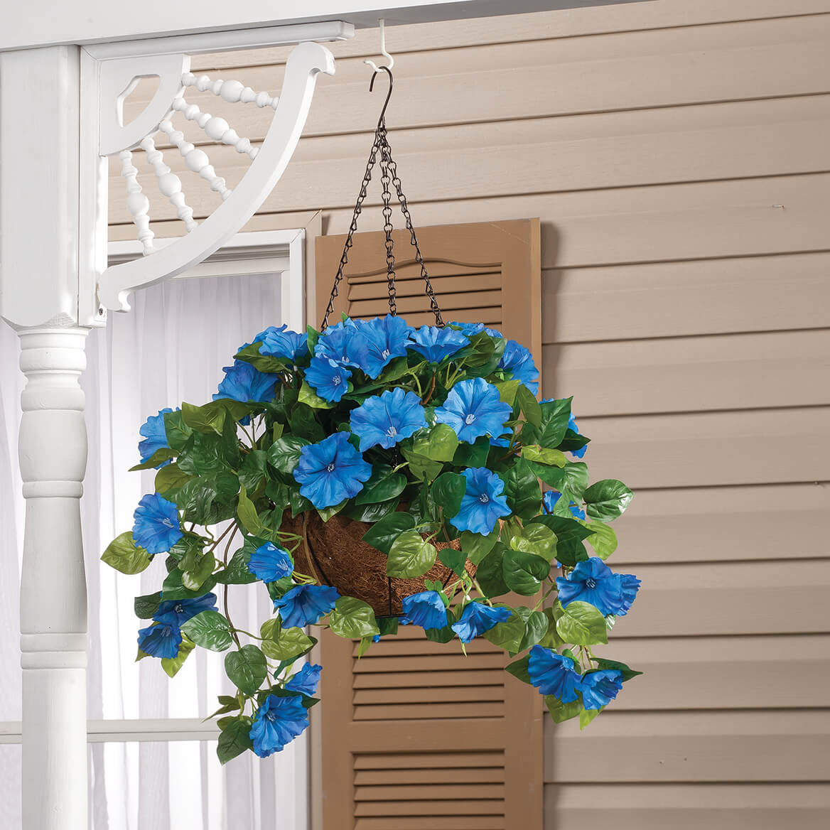 Fully Assembled Petunia Hanging Basket by OakRidge™-355014