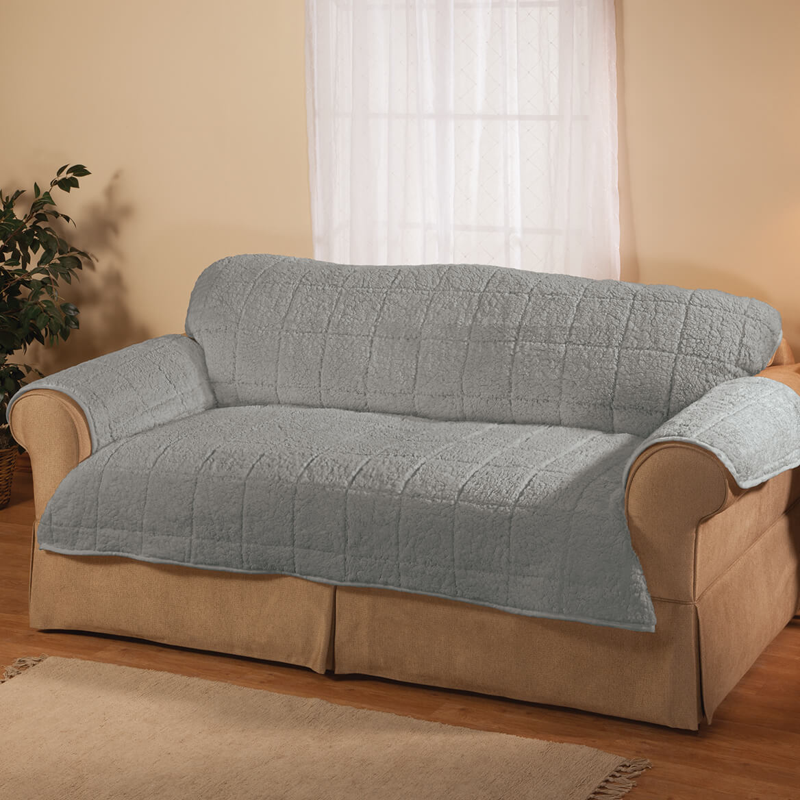 Bradley Sherpa Loveseat Protector by OakRidge-362642