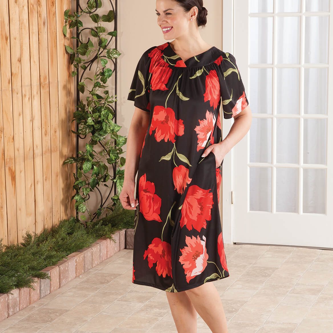 Red Poppies Poly Lounger by Sawyer Creek-367701