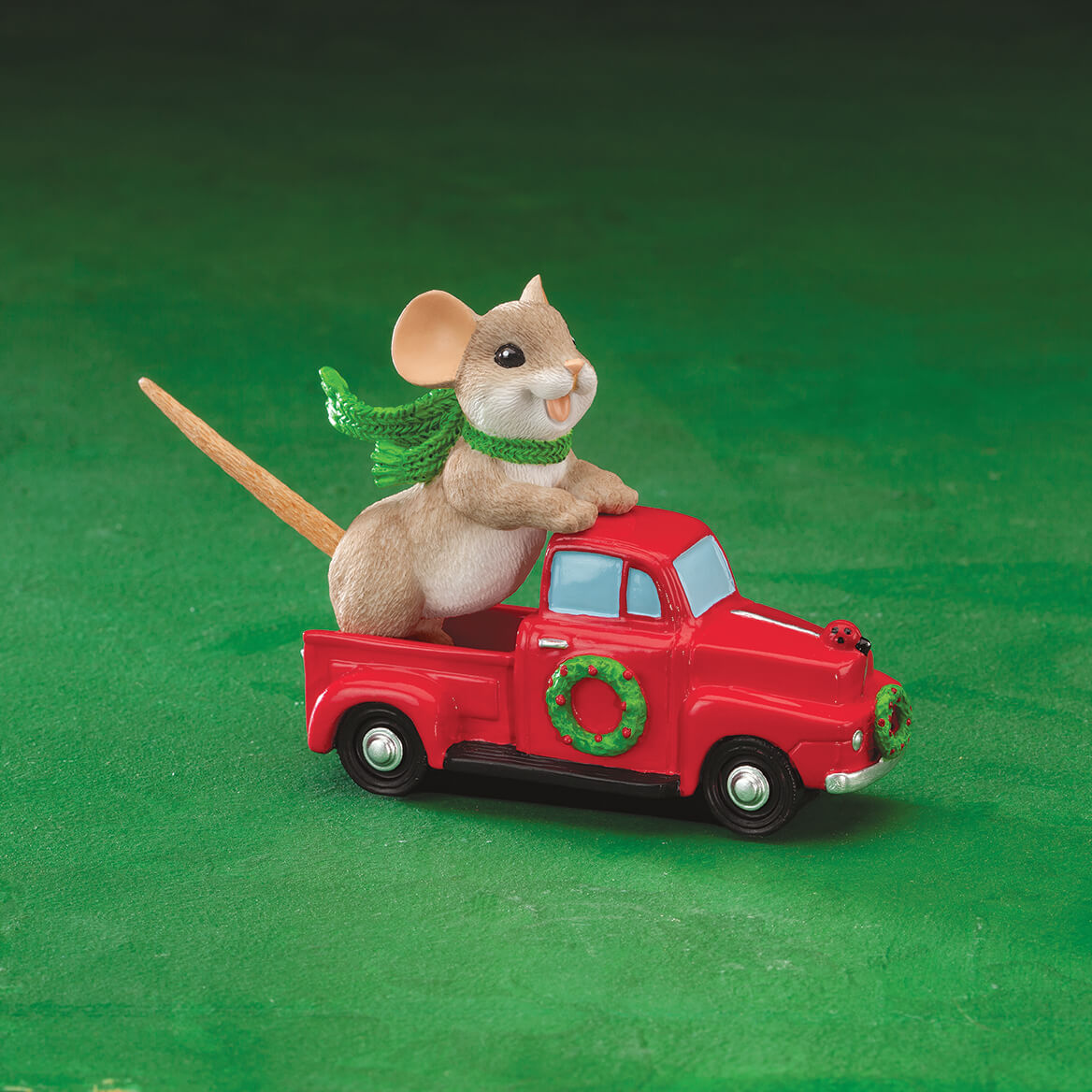 Charming Tails® Truckin to a Happy Holiday-370528