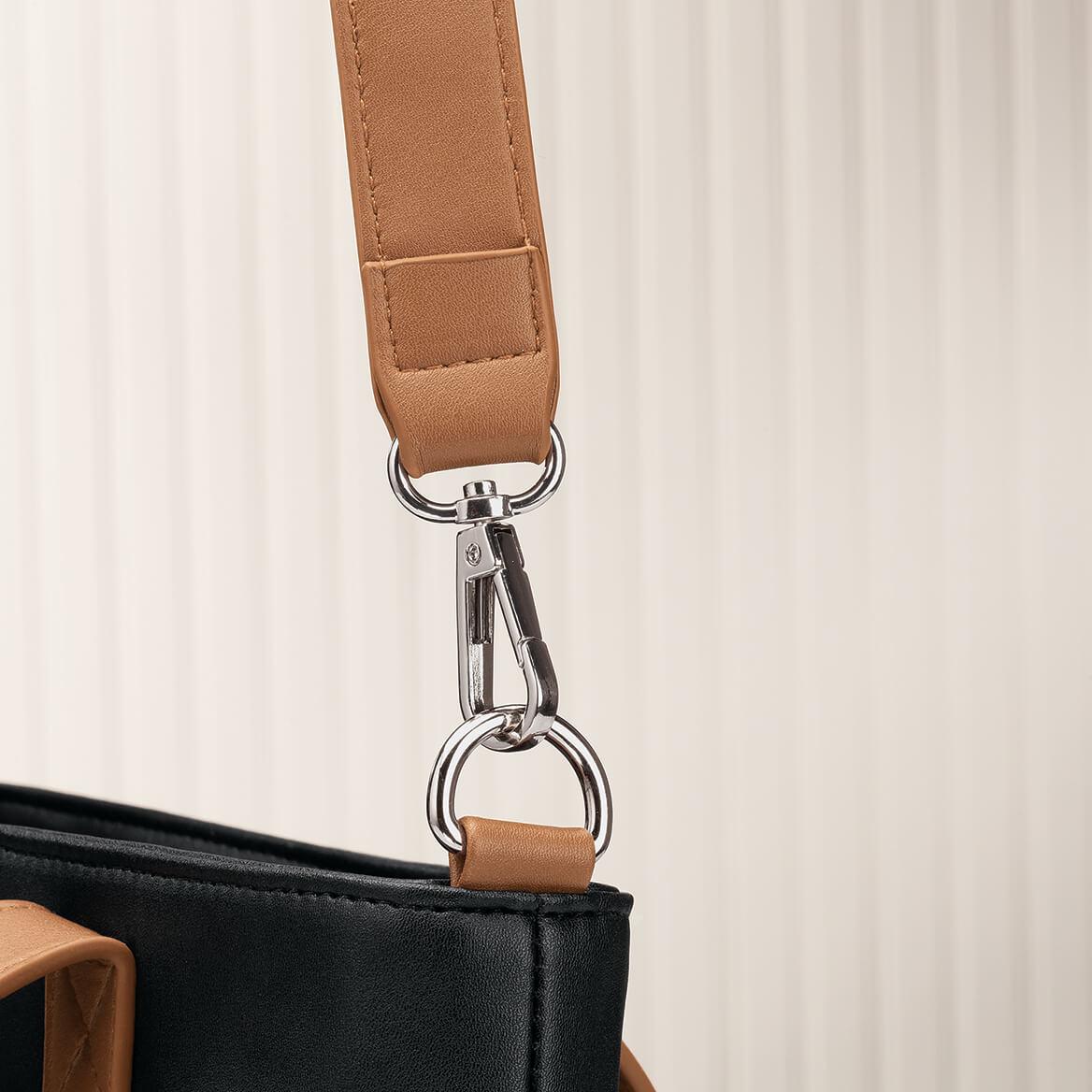B.Amici™ Patricia Crossbody Bag-371577