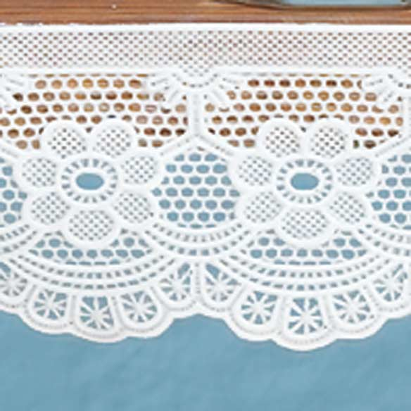 Antique Lace Trim - View 2