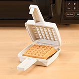 Cookware & Bakeware - Microwave Waffle Maker
