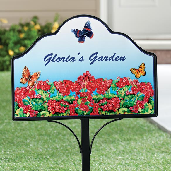 Personalized Geranium Magnetic Sign