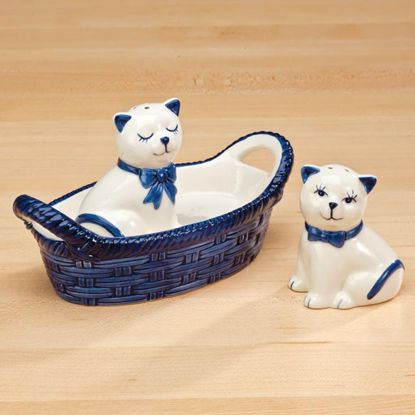 Kitten Salt and Pepper Shakers in Basket