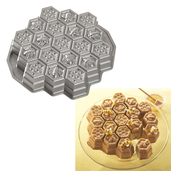 Nordic Ware® Honeycomb Pan