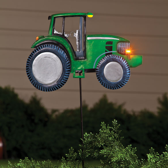 Tractor Garden Stakes : Solar metal tractor stake lamp