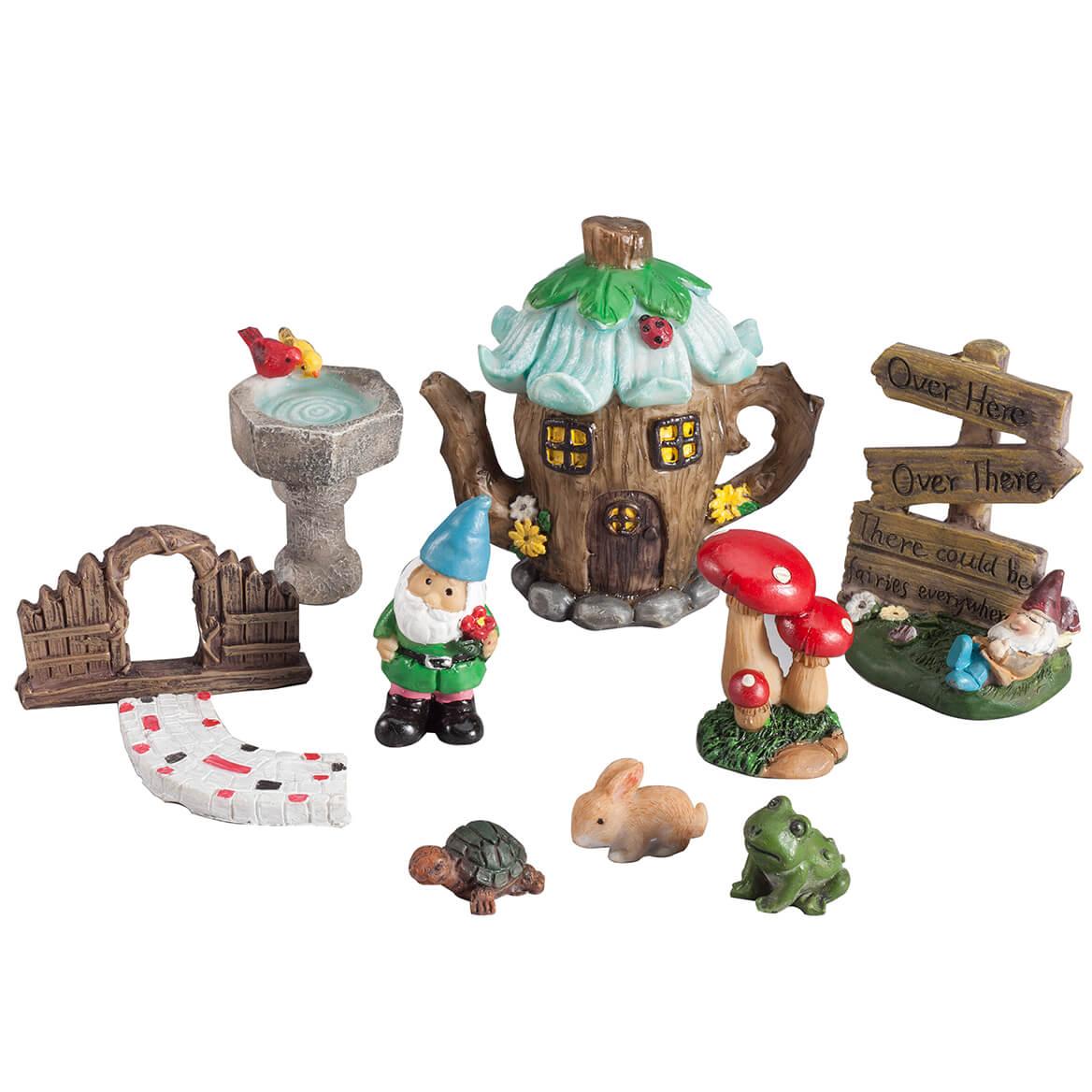 Gnome In Garden: Miniature Fairy & Garden Gnome Figurines & Accessories, 10
